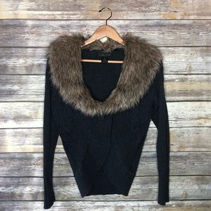 Venue cocoon sweater faux fur collar cable knit M